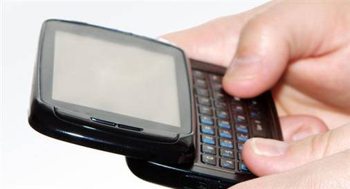 SMS Sosyal Medyaya Meydan Okuyor