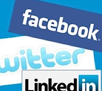 Linkedin'de Gözlüyor, Foursquare'da Paylaşıyoruz