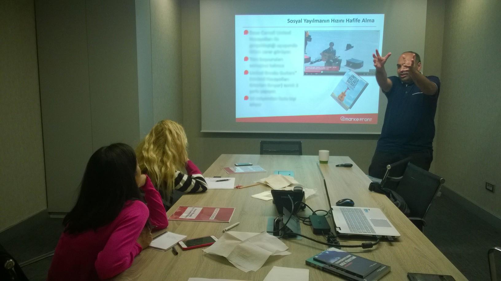 MarkeFront – Sosyal Medyada Kriz Yönetimi Eğitimi 26 Eylül'de Gerçekleşti